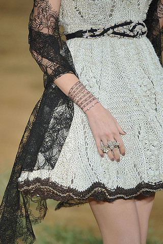 Se neglene (foto: fra Chanels Spring 2010 fashion show)