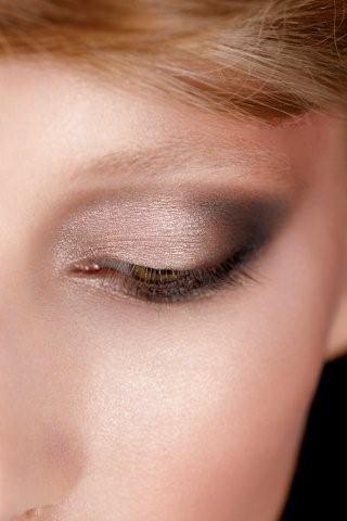 En blødere og mere forfinet version af det klassiske (sorte) smokey eye