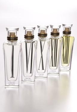 Fem ud af 13 nye Cartier-dufte er hældt på flaske. Endnu kun i Paris.